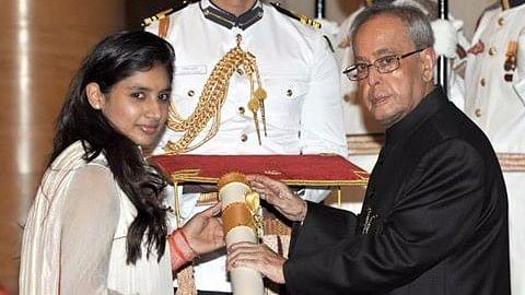 Raj receiving Padma Shri from President Pranab Mukherjee.