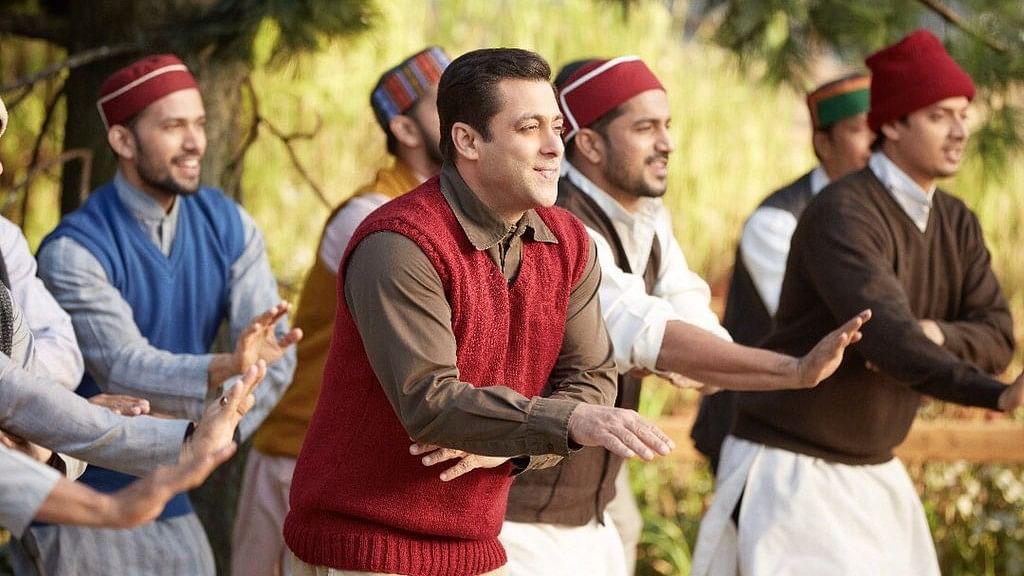 Salman Khan in a still from <i>Tubelight</i>. (Photo courtesy: Twitter/SonyMusicIndia)