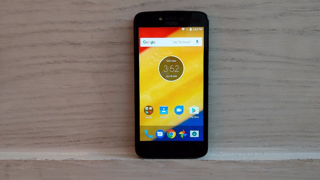 Moto C Plus comes with a 4000mAh removable battery. (Photo: <b>The Quint</b>)