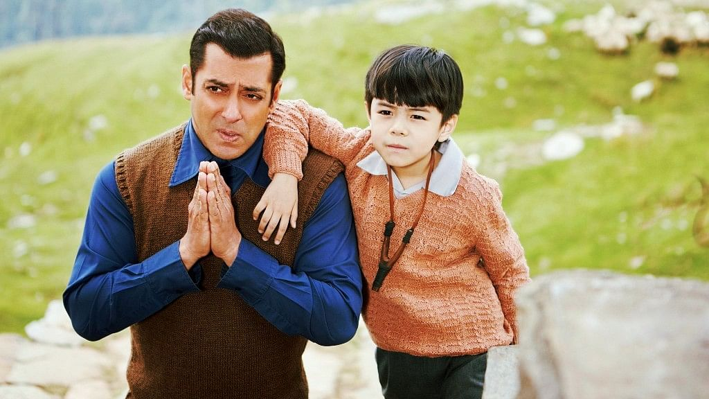 Salman Khan with Matin Ray Tangu in <i>Tubelight.</i>