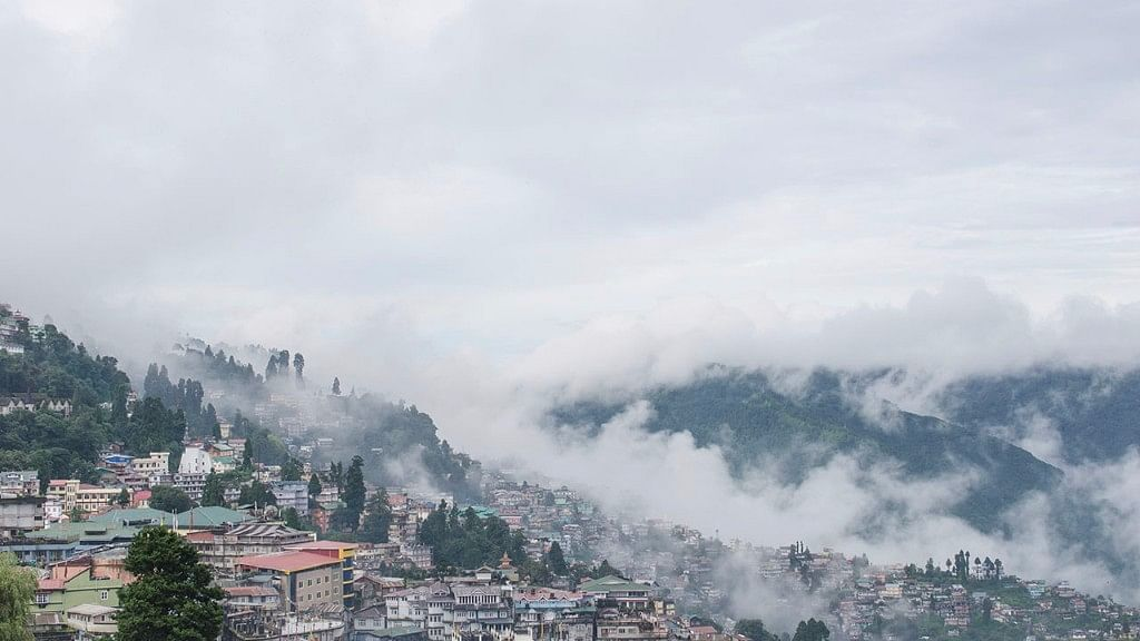 There is much more to Darjeeling than just tourism. (Photo: Wikimedia Commons)