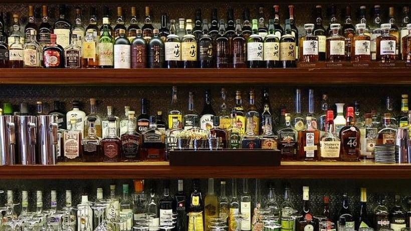 Pubs and bars that come within 500m of highways will have to shut, as per a Supreme Court order.