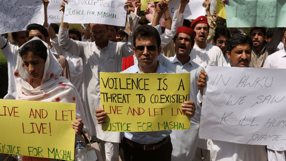 In a First, Pakistani Man Gets Death Penalty for 'Blasphemy' on FB