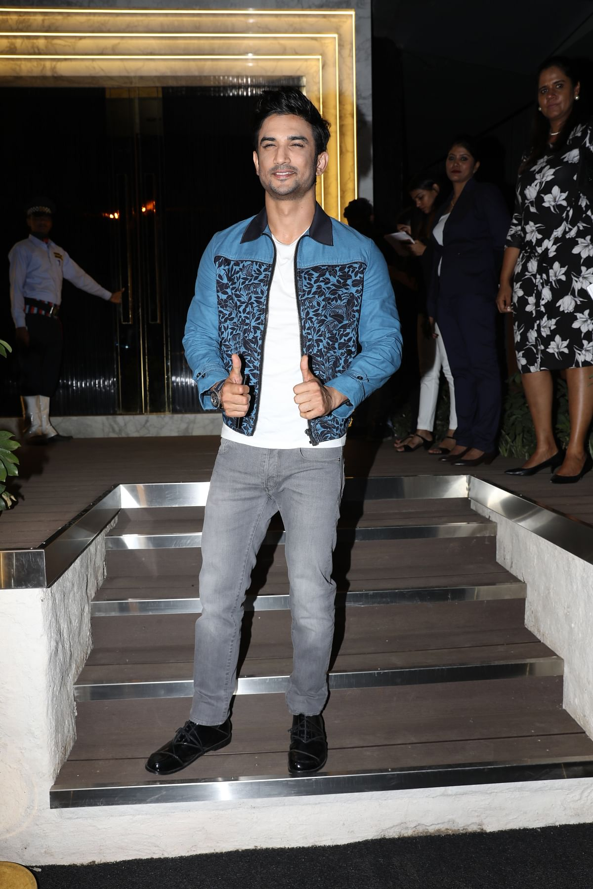 It was a two-thumbs up from Sushant Singh Rajput. (Photo: Yogen Shah)