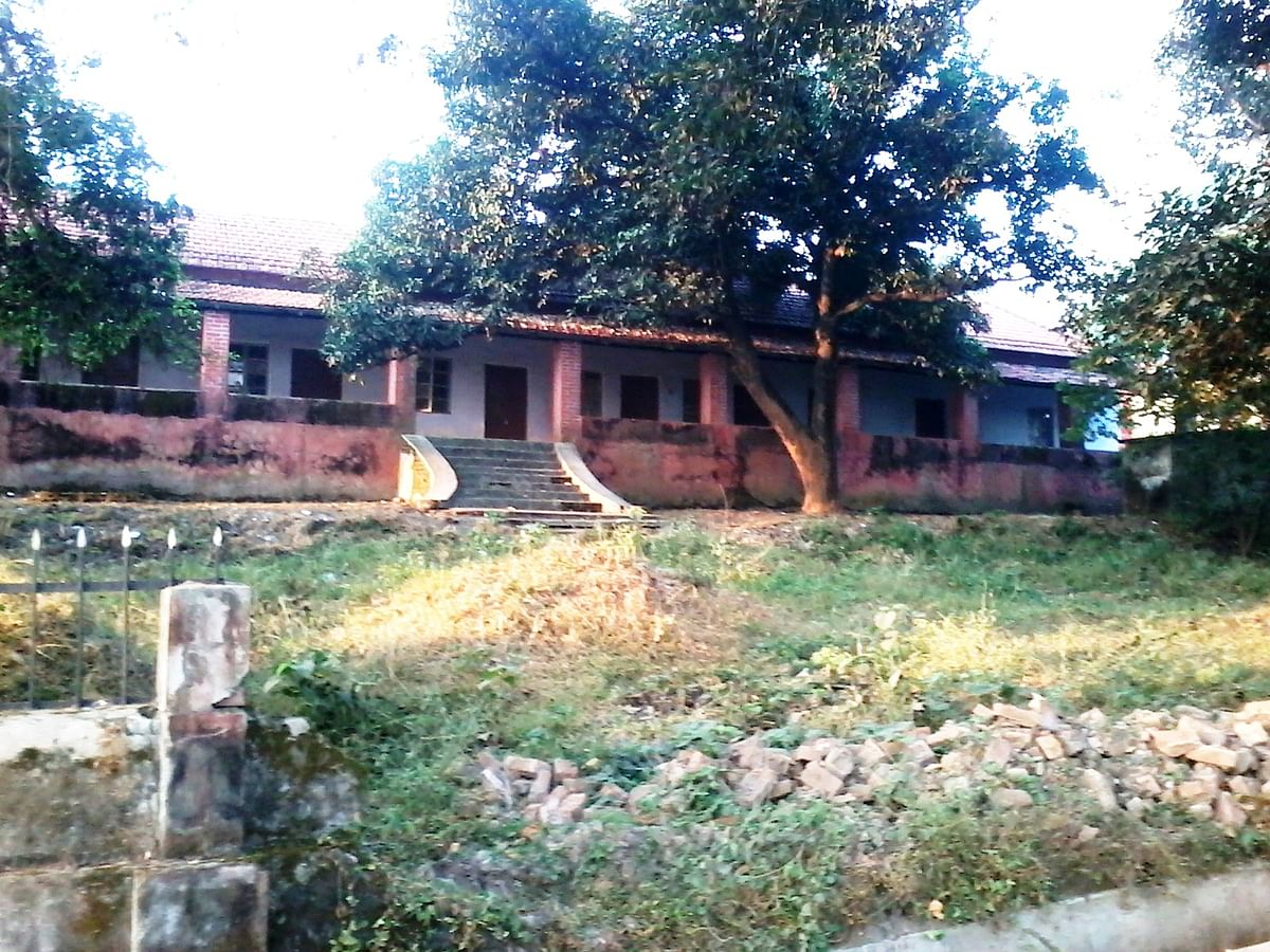 One of the old bungalows in the Gunj. (Photo Courtesy: Lesley D Biswas)
