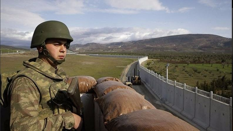 Turkey Plans to Build Walls Along Its Borders With Iraq, Iran