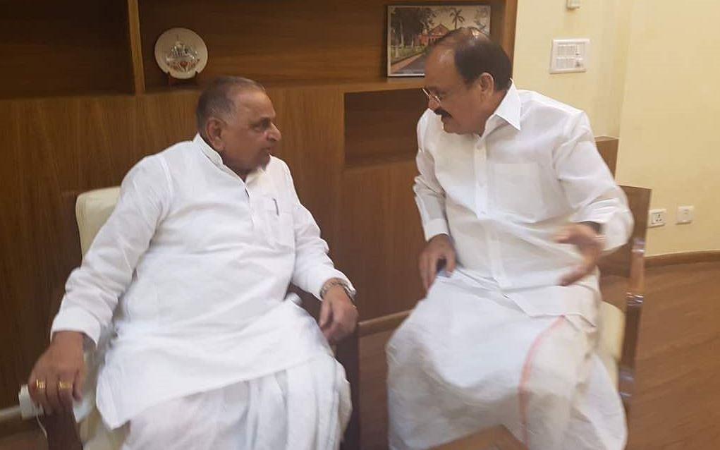 Union Minister Venkaiah Naidu with SP leader and veteran politician Mulayam Singh Yadav. (Photo: ANI)