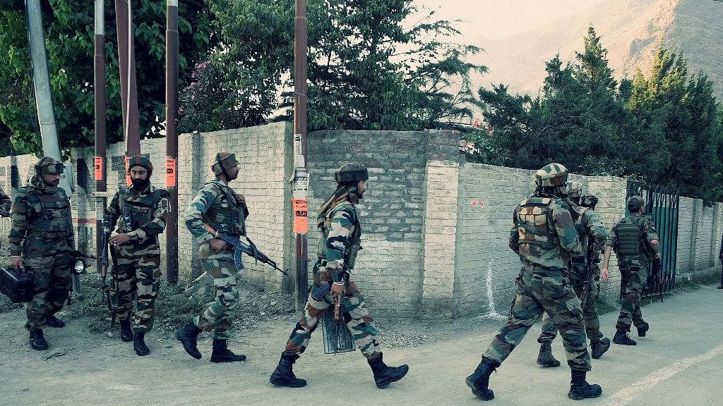 Two militants have been killed and three jawans were injured in Kashmir. Image used for representational purposes. (Photo: PTI)