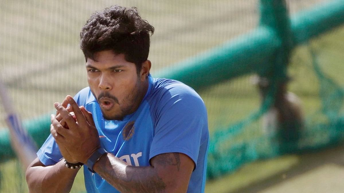 Indian cricketer Umesh Yadav's house in Nagpur was robbed on Monday.