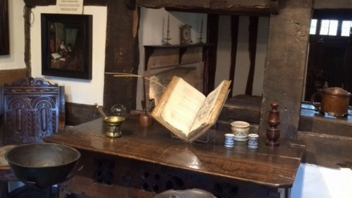 Display of items in Susanna's house.