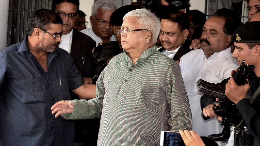 SC Notice to Lalu  on Plea Challenging Bail in Fodder Scam Case