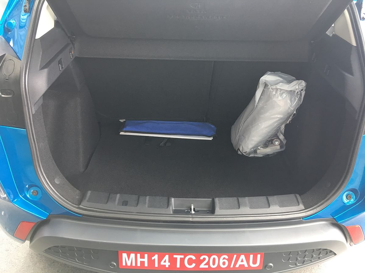 The 350-litre boot of the Nexon can be expanded to 690 litres with the rear seats folded.