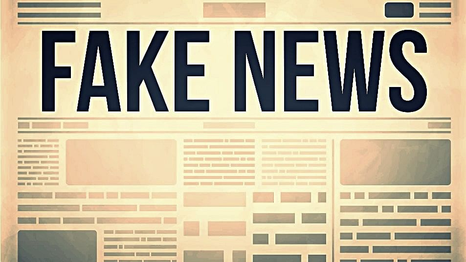 If you want to avoid falling for fake news stories, here's a handy list to keep around. (Photo: iStock)