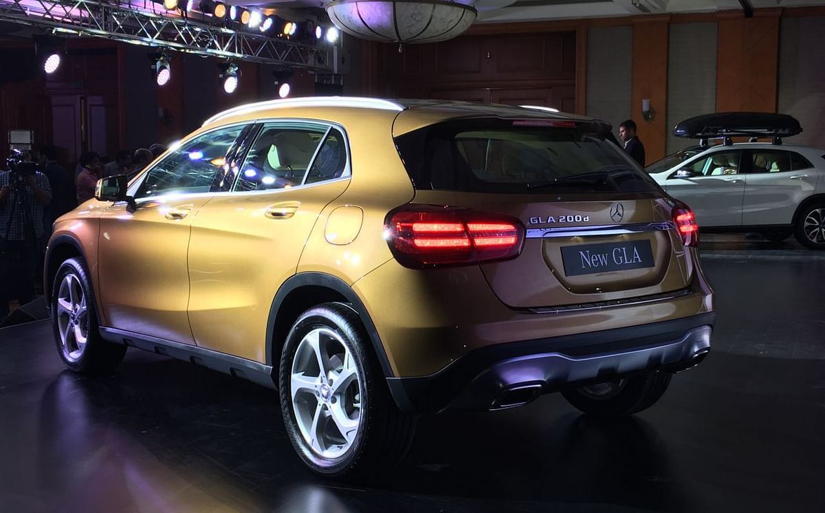 The rear gets all-LED tail-lamps.