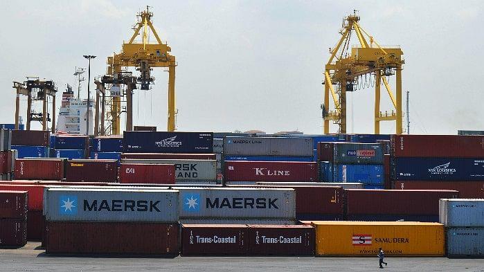 QBiz: Trade Deficit Widens, WPI Inflation Down to 0.9% and More