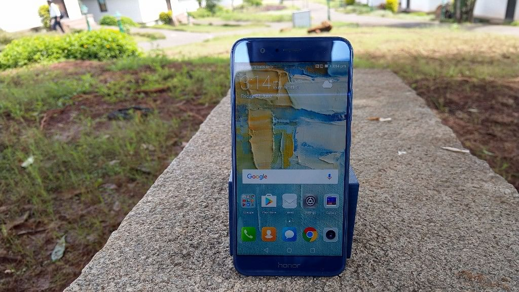 The Honor 8 Pro comes with dual 12-megapixel lens