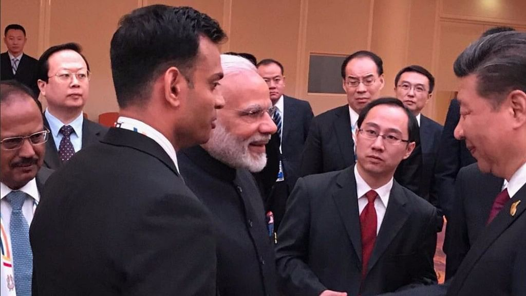 QWrap: Modi and  Xi Jinping Shook Hands, West Bengal Remains Tense