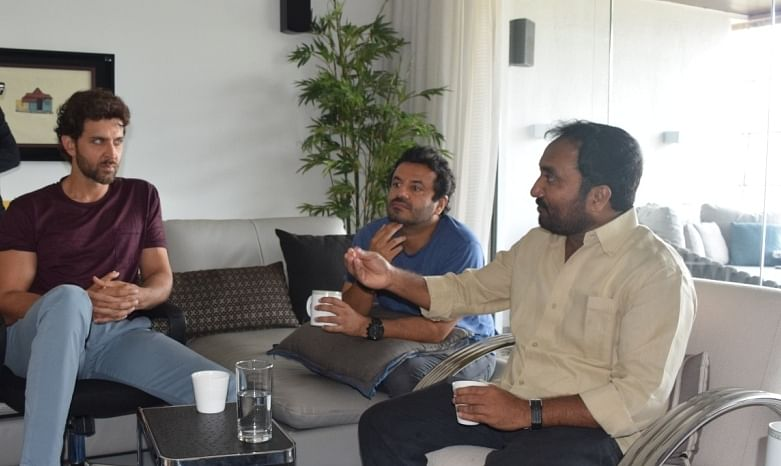 Anand with Hrithik and Vikas at the actor's home in Mumbai.