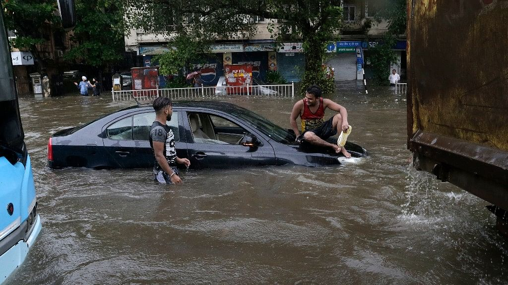 Nearly 300 mm rain in 12 hours paralysed the maximum city.