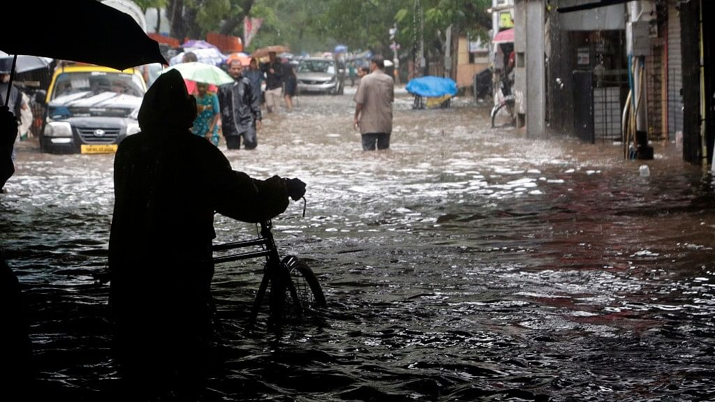 QMumbai: Mumbai Loses Rs 14000 Cr to Floods & More