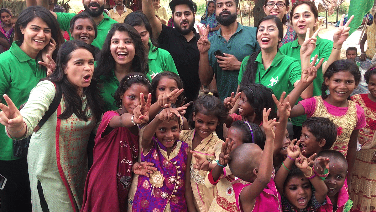 In Photos: Gathering Smiles on a Mission to Drive Out Hunger