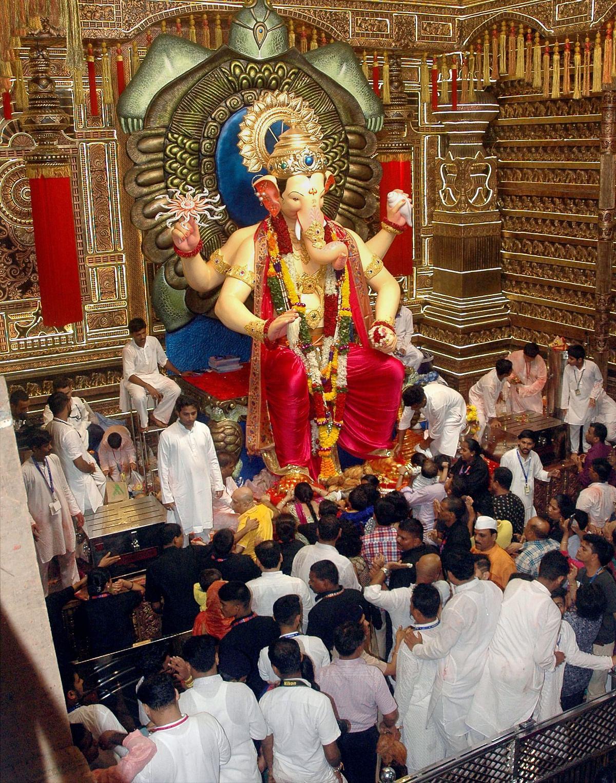 Lalbaugcha Raja, the most famous Ganpati idol in Mumbai.
