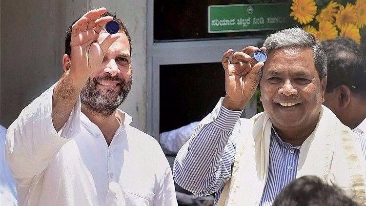 Sidda Asks Rahul Gandhi To Fight From Karnataka; Twitter Joins In