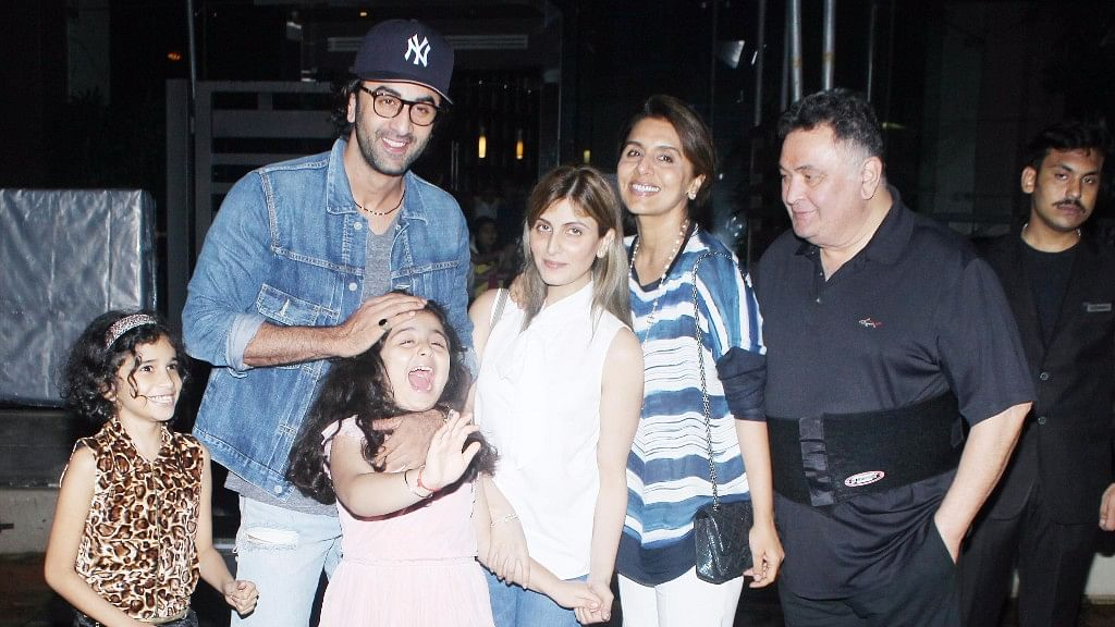 Ranbir with sister Riddhima Kapoor Sahni, niece Samara, and parents Rishi and Neetu Kapoor