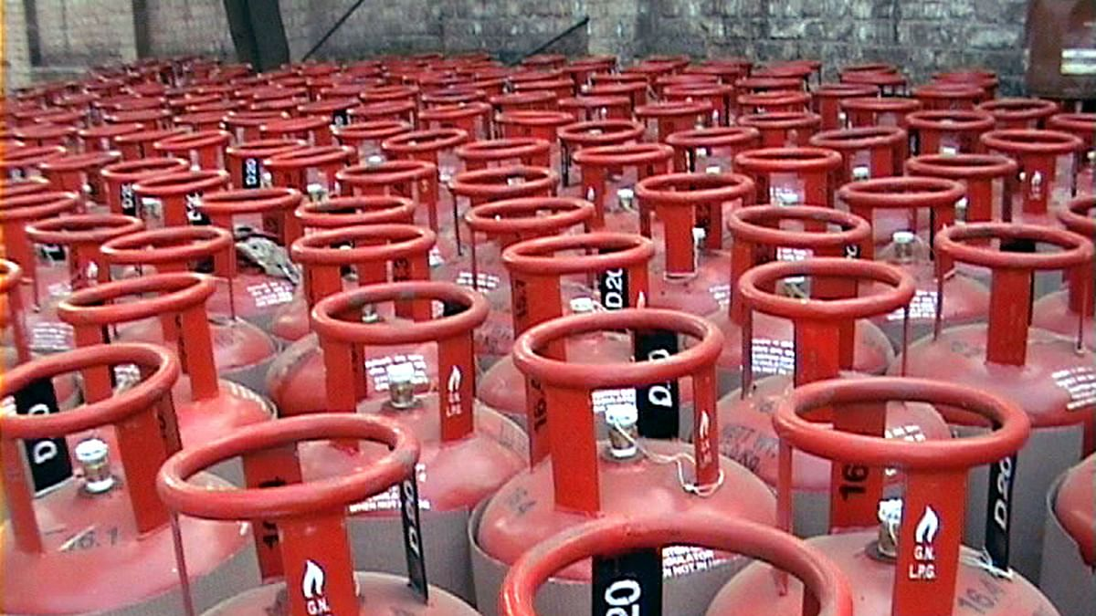 Non-subsidised cylinder will now cost Rs 607, instead of Rs 533.
