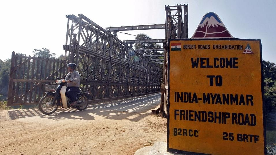 Many Myanmar Nationals Cross Over to Mizoram, Take Refuge: Reports