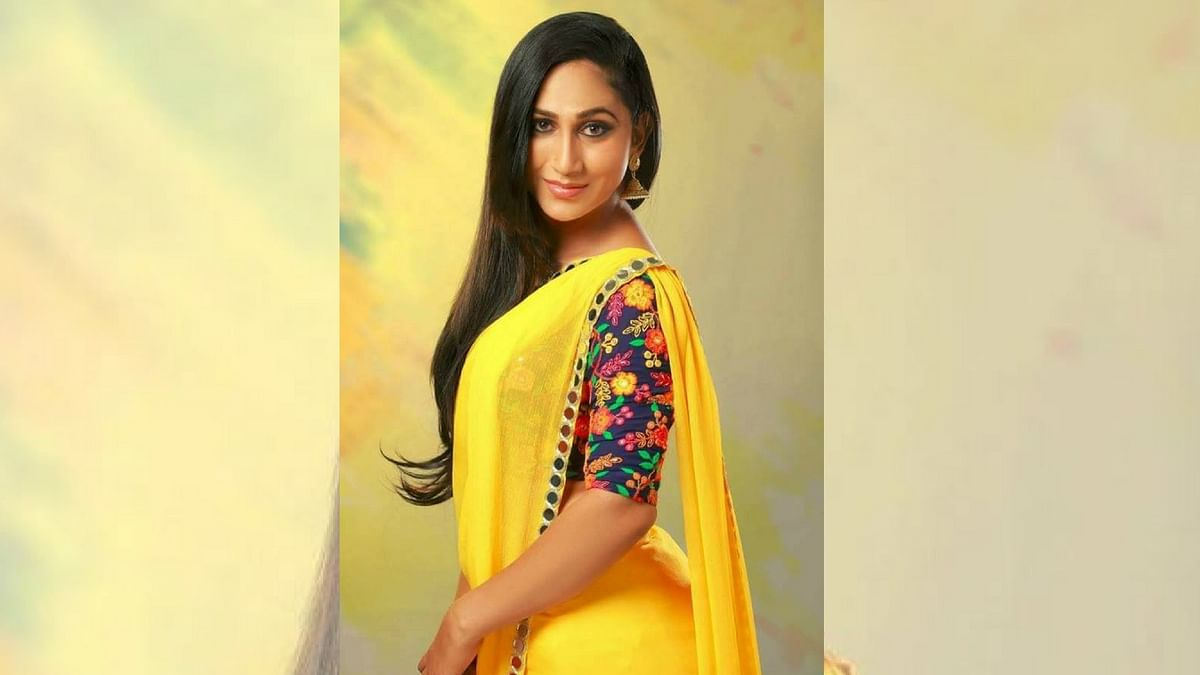 Anjali Ameer is making her film debut with superstar Mammootty.