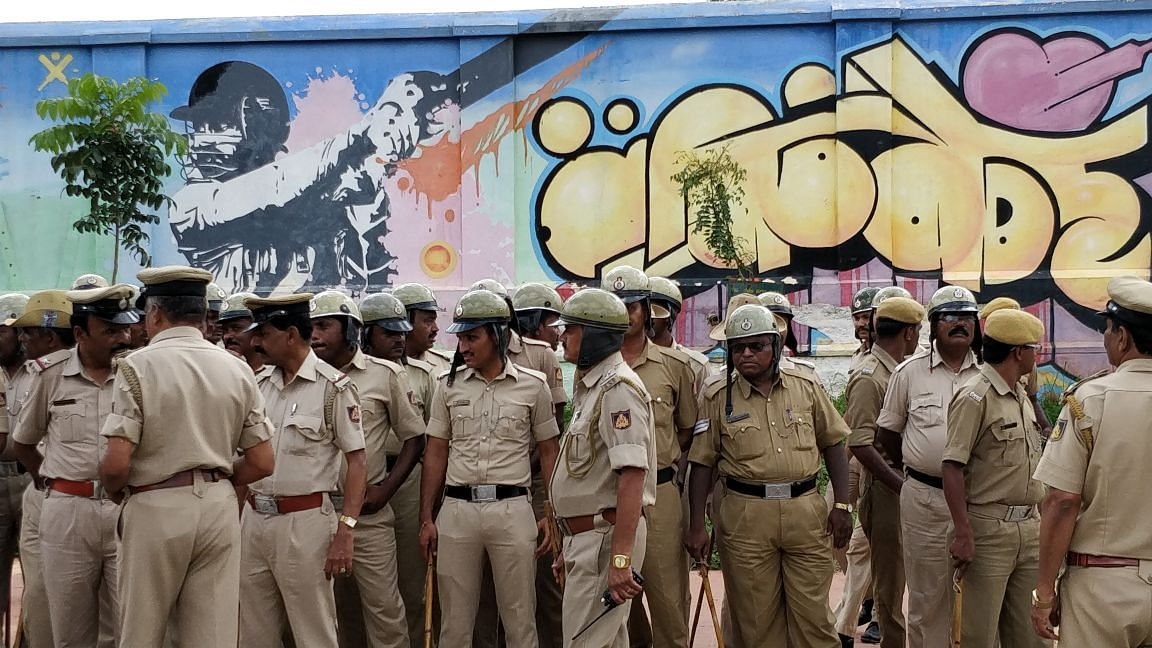 More than 600 cops were scrambled from two divisions.