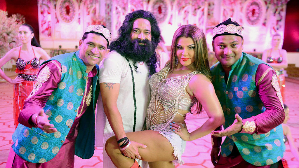 Rakhi Sawant with other actors shooting a song for the Ram Rahim Singh biopic.