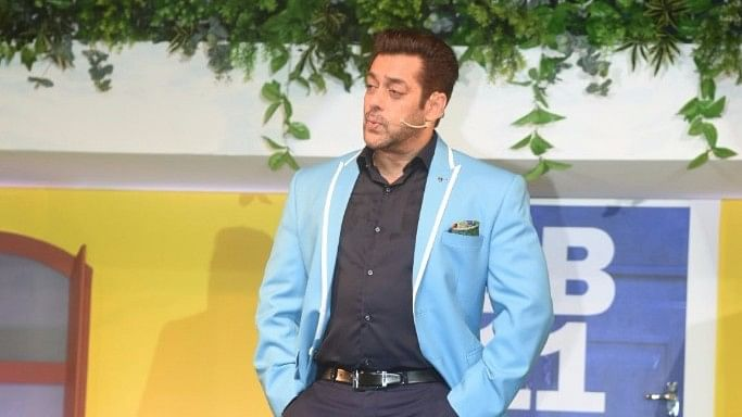 Salman Khan launches <i>Bigg Boss 11</i> with a disclaimer for the contestants.&nbsp;