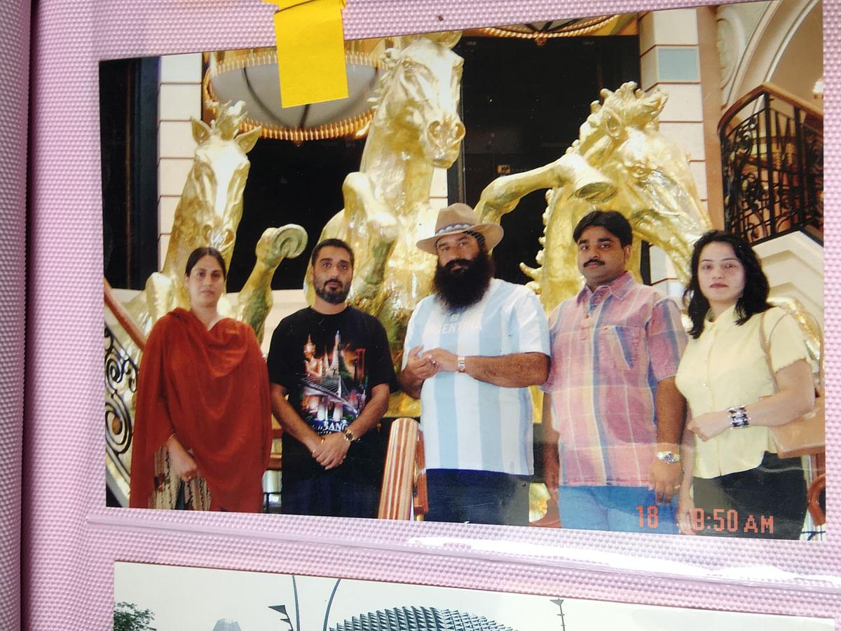 An old photograph of Gurmeet Ram Rahim, Honeypreet and Vishwas Gupta on a foreign trip.