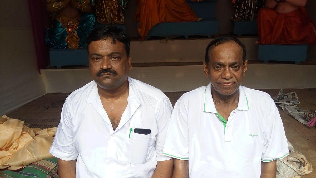 Nabi Hasan Ansari (left) with Gautam Sarkar.