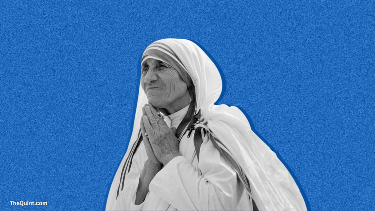 Hundreds participate in the ceremony, in which Mother Teresa was declared as co-patroness of Archdiocese of Kolkata