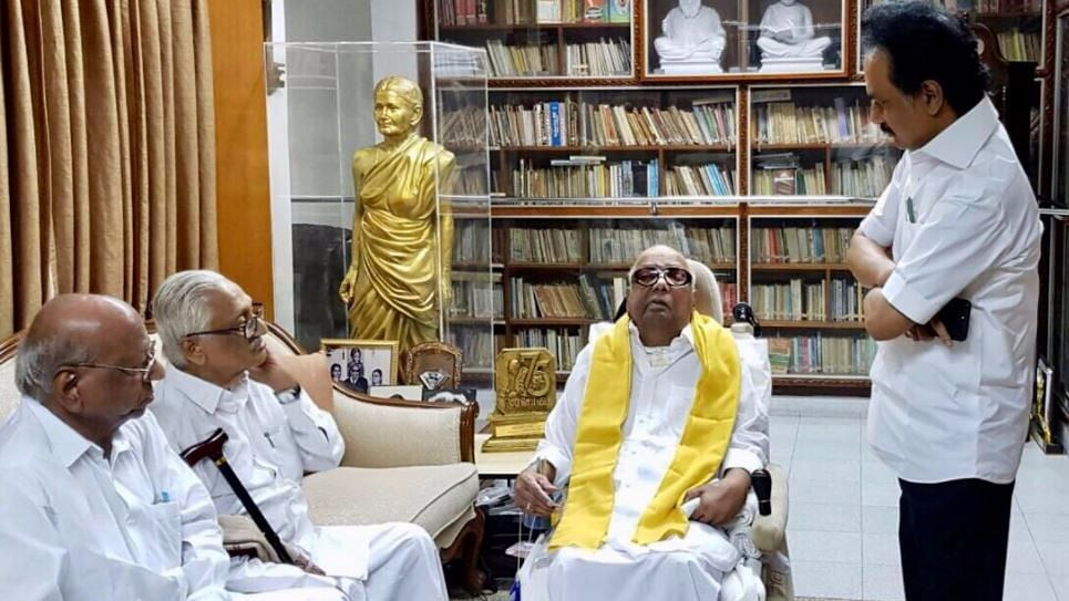 The DMK released a photo of M Karunanidhi, rubbishing rumours.