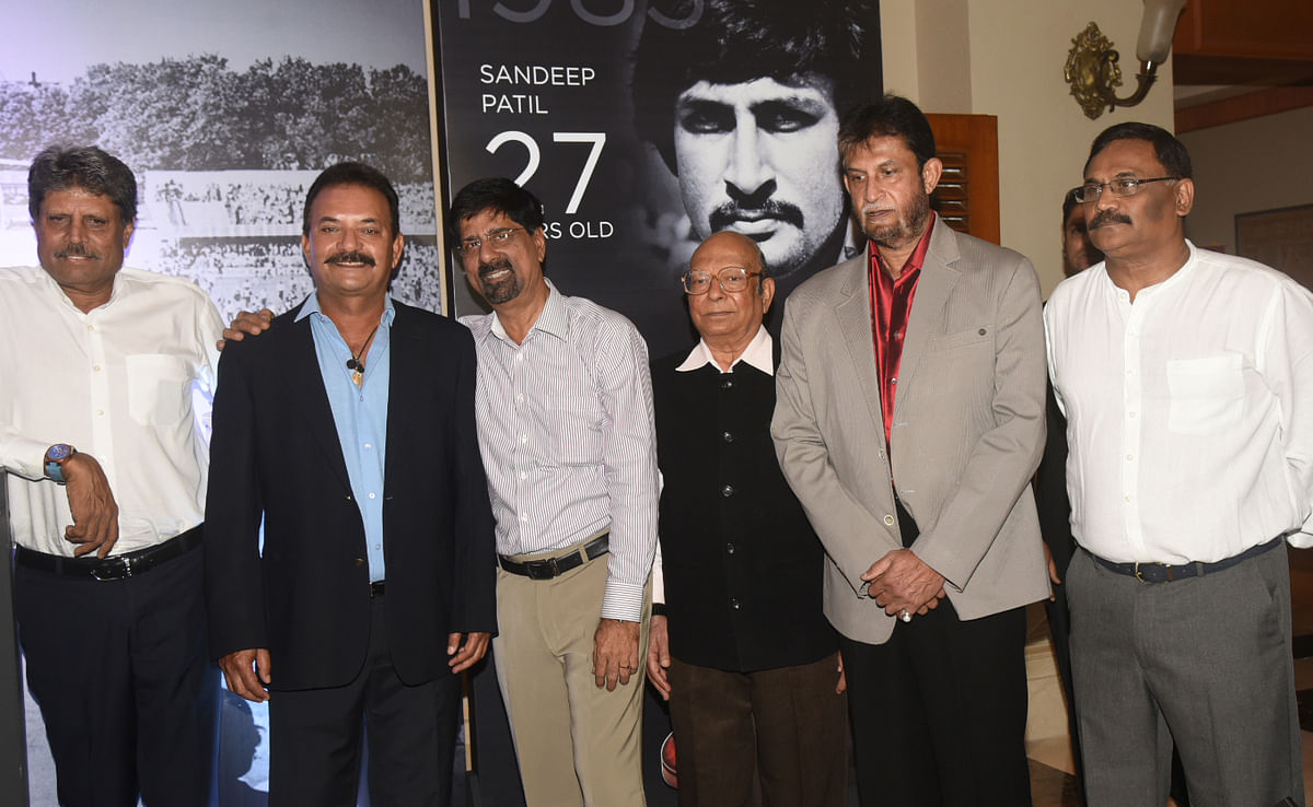 Kapil Dev and his former teammates.
