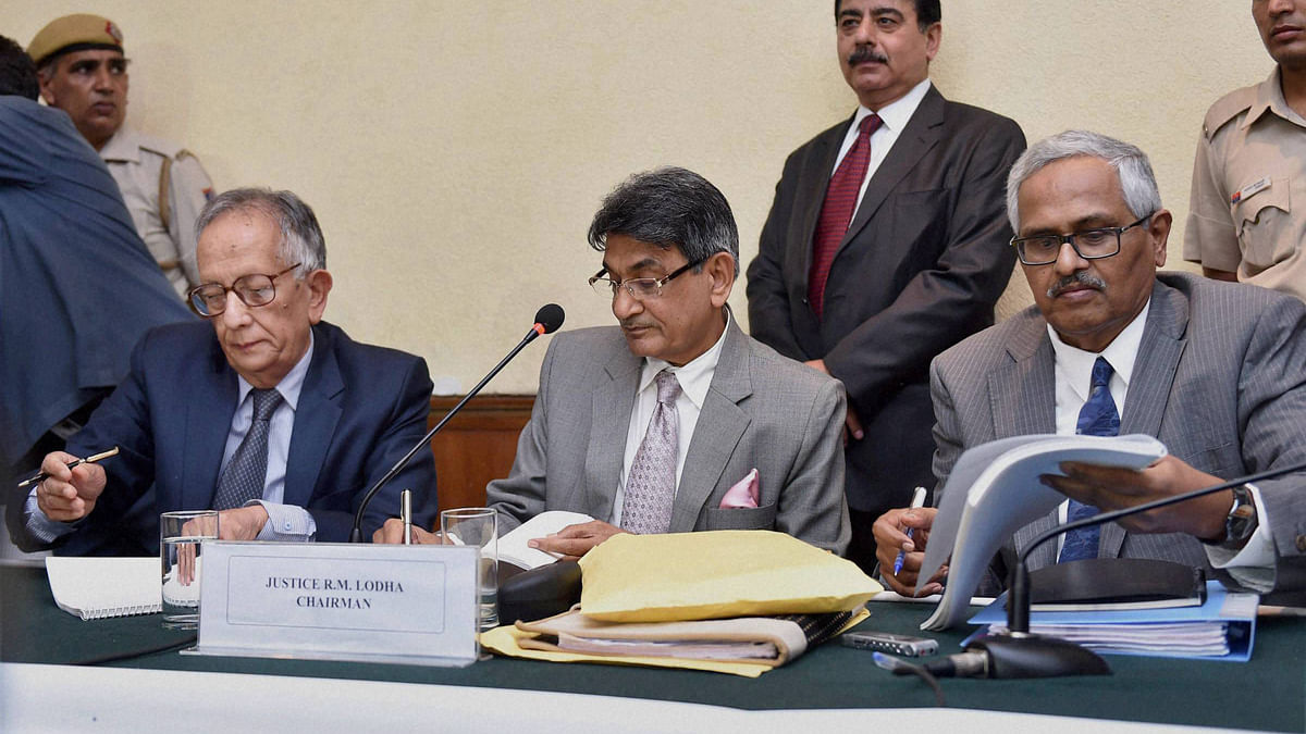 Justice R. M. Lodha, Chairman of the Supreme Court appointed Justice Lodha Committee, with member Justice Ashok Bhan and Justice RV Raveendran.