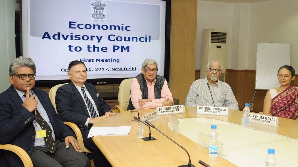 Chairman of Economic Advisory Council to the Prime Minister (EAC-PM) Bibek Debroy chairs the first meeting council at NITI Aayog in New Delhi. (Photo: IANS)