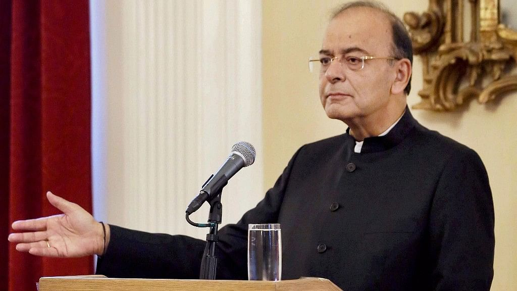 Finance Minister Arun Jaitley delivers the Harvard Mahindra lecture at the Harvard South Asia Institute in Boston on Wednesday, 11 October. <i>(Photo: PTI)</i>