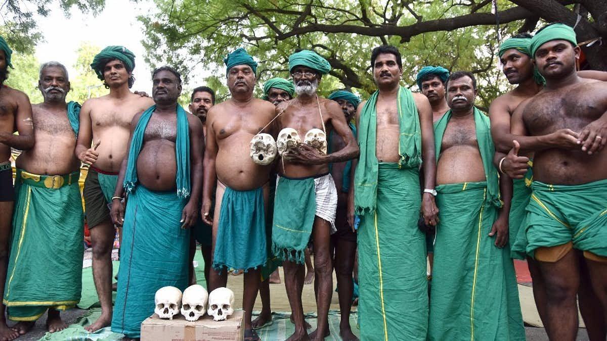 Farmers from Tamil Nadu who had been protesting at Janta Mantar.