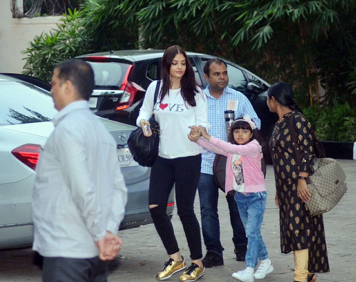 Aishwarya Rai with Aaradhya on their way to the airport.