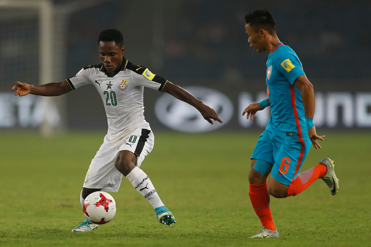 Ghana's Isaac Gyamfi controls the ball during the FIFA U-17 World Cup against India.