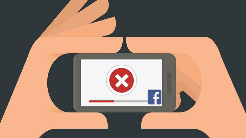 Darul Uloom Deoband Fatwa Bans Sharing Photos on Social Media