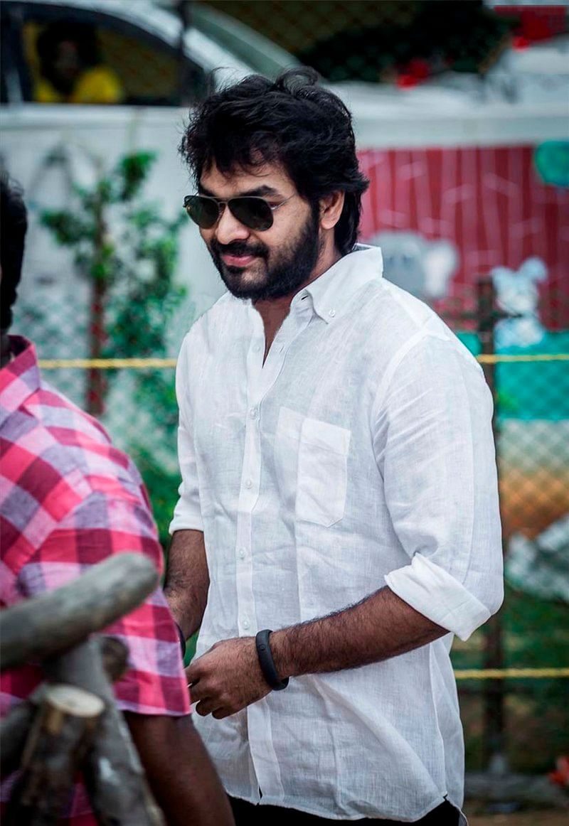 A non-bailable warrant was issued against Tamil actor Jai for not appearing in court over the drunk-driving case.
