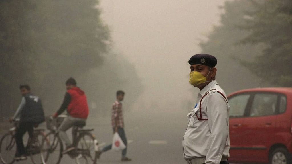Air quality in Delhi enters the red zone.