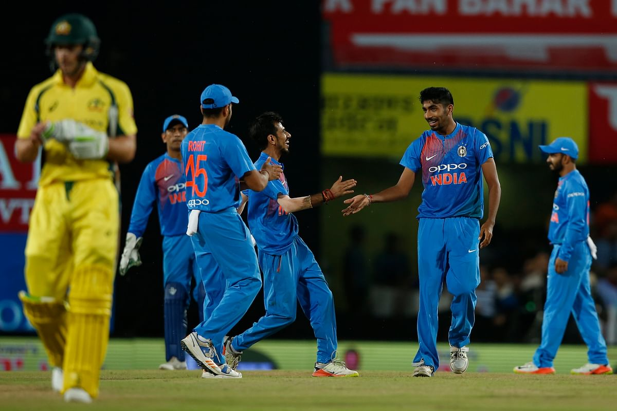 Kohli, Dhawan Guide India to Victory in First T20 vs Australia