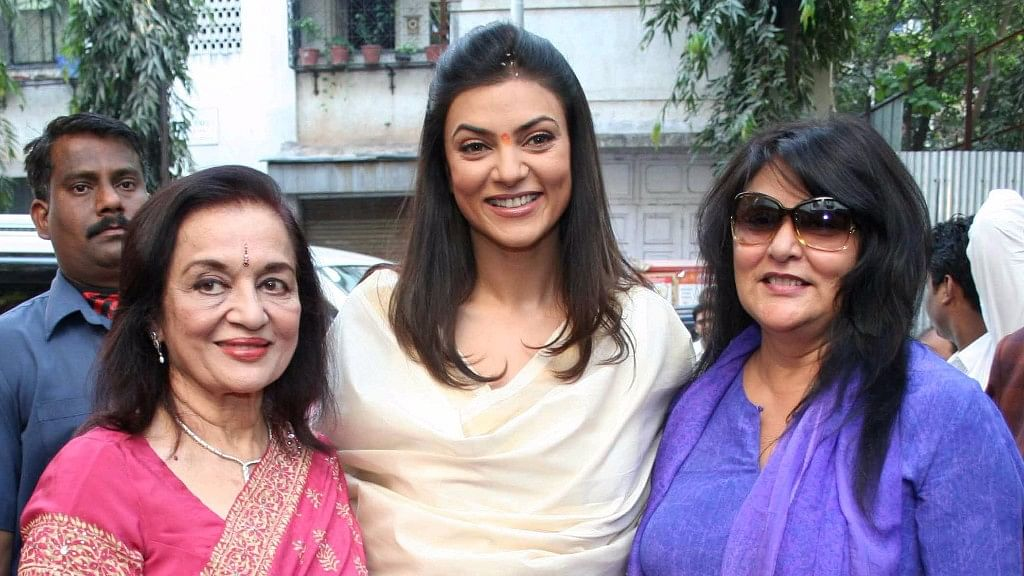 Asha Parekh with Sushmita Sen and her mother, during the inauguration of the Cosmetology Department at the hospital.